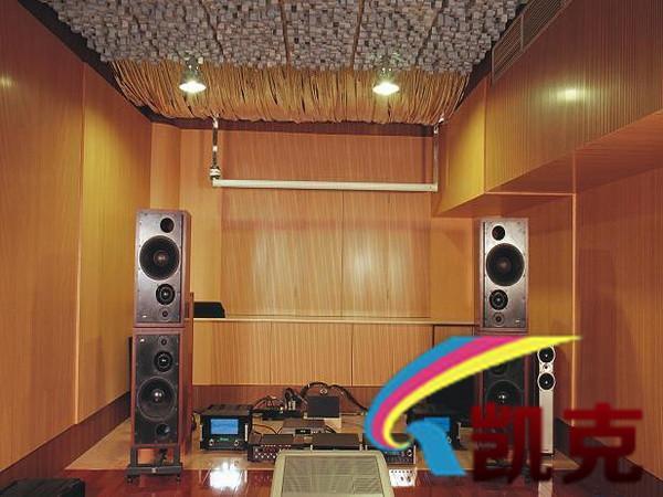 家庭影院进行吸音吸声装修工程现场